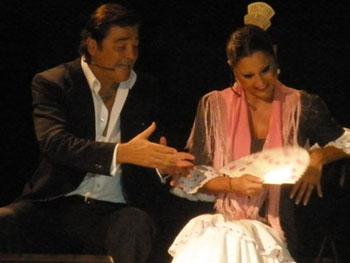 Máximo Valverde y Eva, en plena actuación