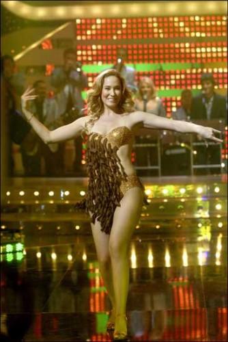 ¿Sabrías bailar rodeada de morcillas? Chayo sí, apuesta por ella