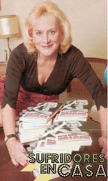 Marisa vende sus libros casa a casa, como el Círculo de Lectores