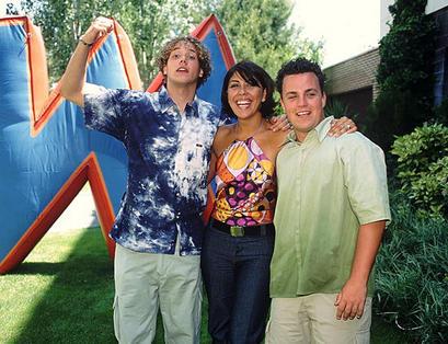 Señores Megatrix que llevaban camisas desteñidas del rastro, tan moda en los 2000s