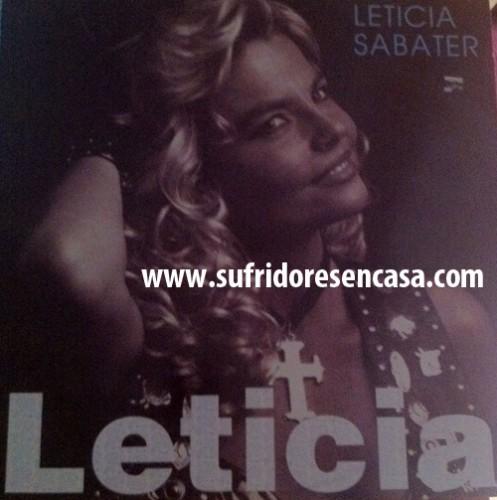Leticia, con la cruz a cuestas, como en Semana Santa
