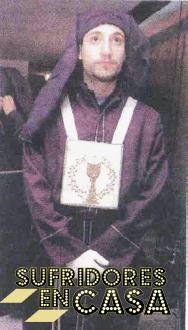 Antonio David en Semana Santa, ya que él es muy Devota y Lomba