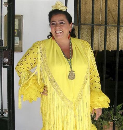 """""""Mira Isabel, yo hasta me atrevo hasta a ir de peregrina vestida de amarillo"""""""