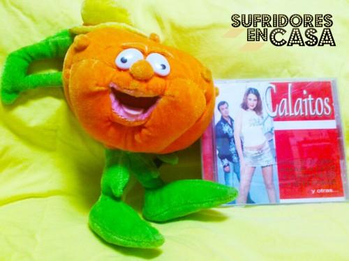 Ruperta muestra mi cd de Calaítos con Olga Romero como vocalista