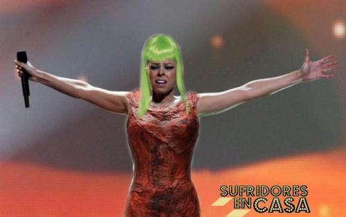 Dramatización de lo que sería la Lady Gaga de Coria