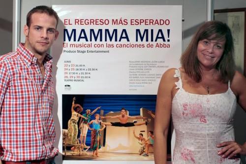 Presentando Mamma Mia en Málaga junto a Álex Casademunt