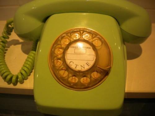 Si el número a marcar tenía muchos 9 te acordabas de la familia de la persona a llamar