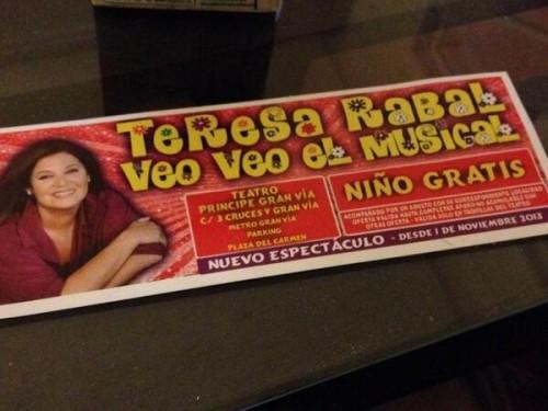 Teresa Rabal regala niños gratis, como Sor María