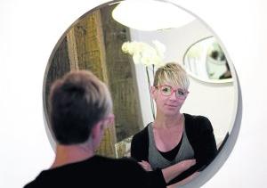 Un espejo de cristal y mírate