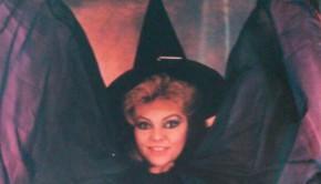 Mayra-Gomez-Kemp-Bruja