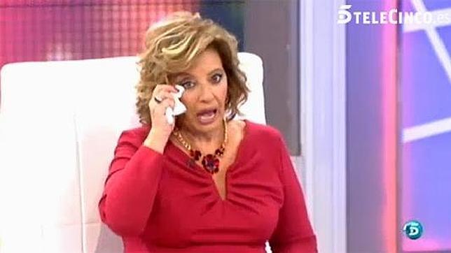 Maria-Teresa-Campos-llorando-