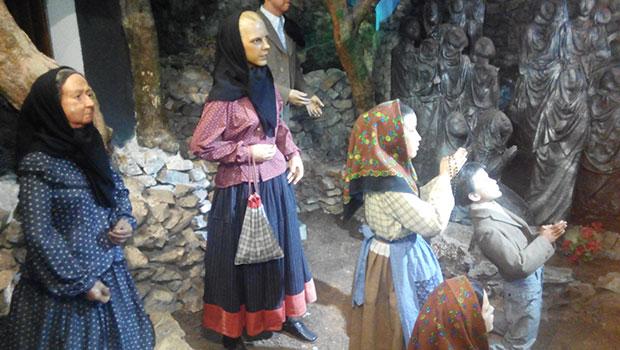 Fátima: vírgenes, souvenirs y los mejores museos de cera del mundo