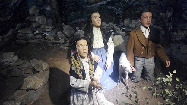 Museo-de-cera-Apariciones-Fatima-Virgen