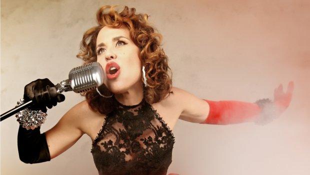 Vuelve Olé Olé con Vicky Larraz (y con un dueto con Marta Sánchez)