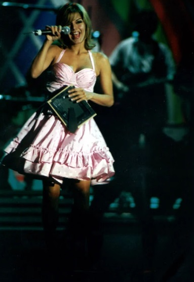 ivonne reyes grease tour