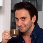 Angelo, el italiano asesino y homeópata de los anuncios de Nescafé Capuccino