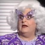 Dora, la travesti que entrevistaba en TVE (y que juzgaba en Eurovisión)