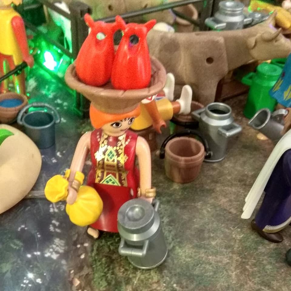 ideas para belen de playmobil aldeana
