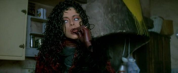 'La lengua asesina': Cine de ciencia ficción con Freddy Krueger y drag queens