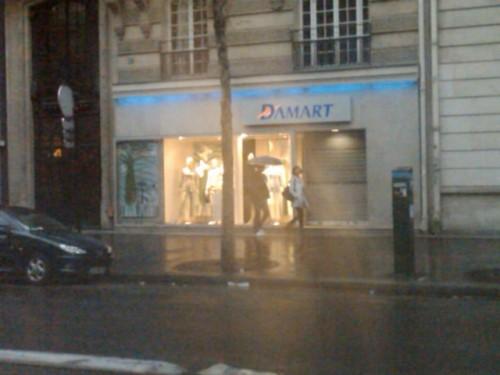 Escaparate parisino de Damart