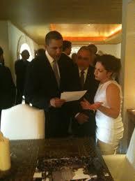 "Repeat with me, Barack: ""Santo, santo yo te canto..."""
